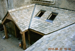 Winchcombe roof tiles, stone manor house oak framed extension